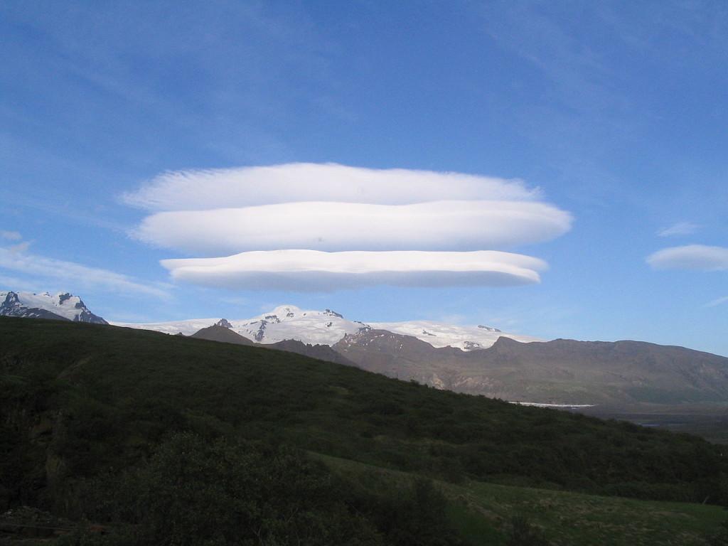 линзовидное облако