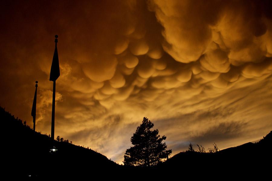 сосцевидные облака